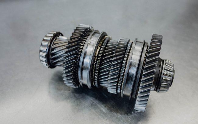 Wie schaltet ein Automatikgetriebe? Automatik Getriebe Faupel erklärt es Ihnen.